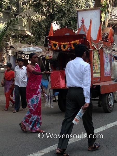 Wovensouls-Mumbai-local-trains-blog-6