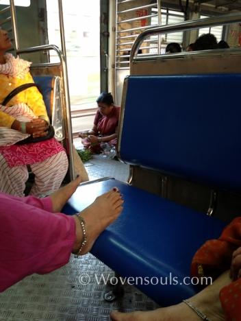 Wovensouls-Mumbai-local-trains-blog-13