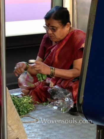 Wovensouls-Mumbai-local-trains-blog-14