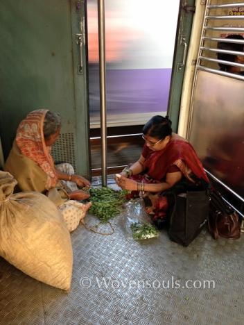 Wovensouls-Mumbai-local-trains-blog-20