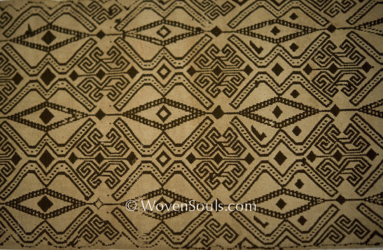 Antique Dayak Pilih weaving