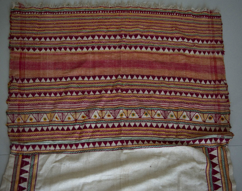 VINTAGE TRIBAL KONDH SHAWL