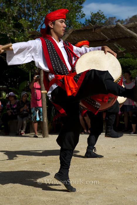 Ryukyu-Traditional-Dance-s-10