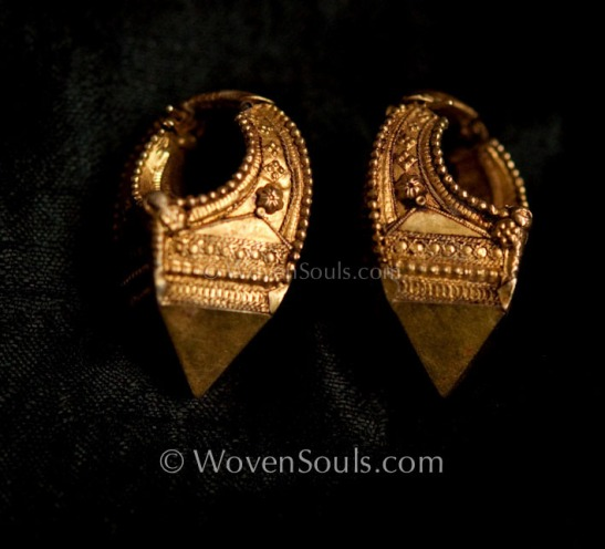 INDIAN-GOLD-EARRINGS-4