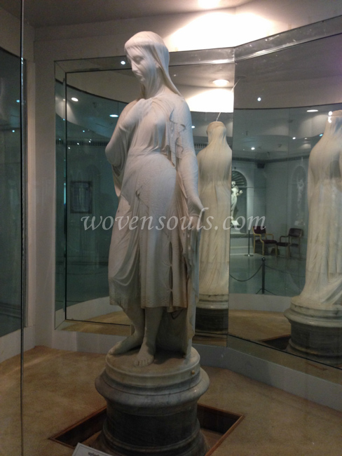 Wovensouls-Salar-Jung-Museum-Veiled-Rebecca-s-2