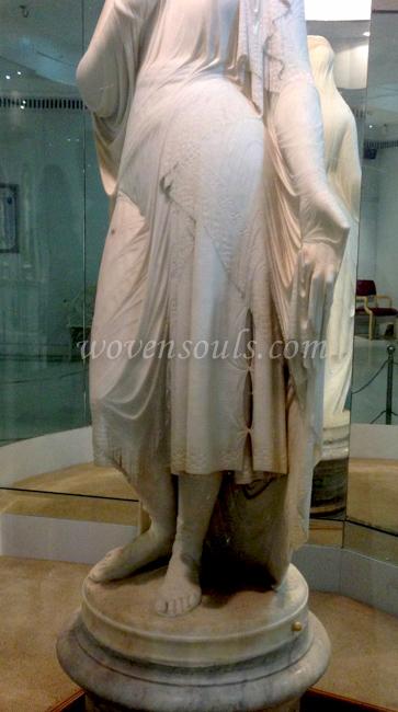 Wovensouls-Salar-Jung-Museum-Veiled-Rebecca-s-4
