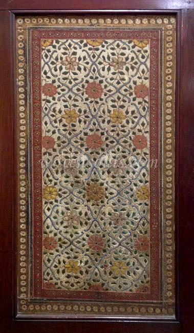 Wovensouls-Salar-Jung-Museum-wood-s-15