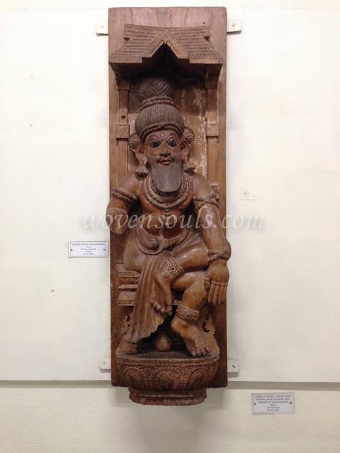 Wovensouls-Salar-Jung-Museum-wood-s-31