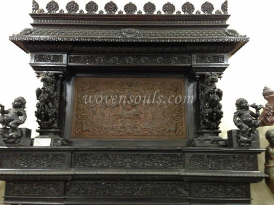 Wovensouls-Salar-Jung-Museum-wood-s-43