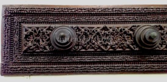 Wovensouls-Salar-Jung-Museum-wood-s-5