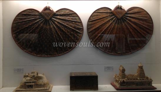 Wovensouls-Salar-Jung-Museum-wood-s-6