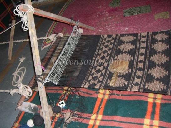 Wovensouls-hand-loom-photo-3