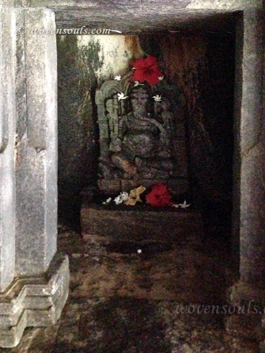 Tamdi-Surla-temple-Goa-10
