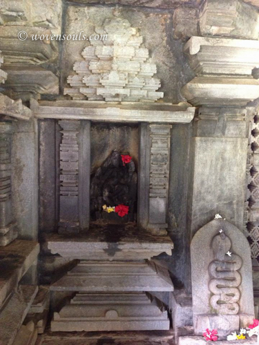 Tamdi-Surla-temple-Goa-12