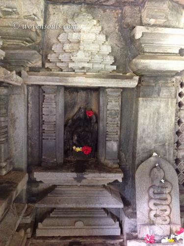 Tamdi-Surla-temple-Goa-12