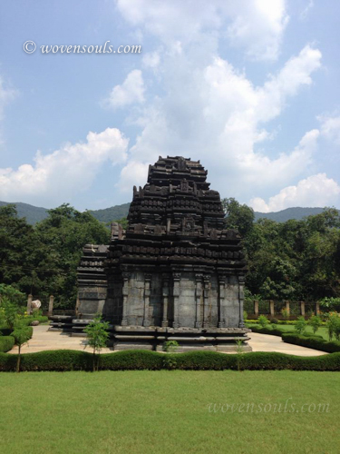 Tamdi-Surla-temple-Goa-14