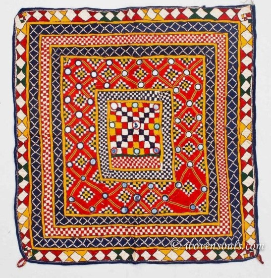 VINTAGE GUJARAT INDIAN TEXTILE EMBROIDERY 08