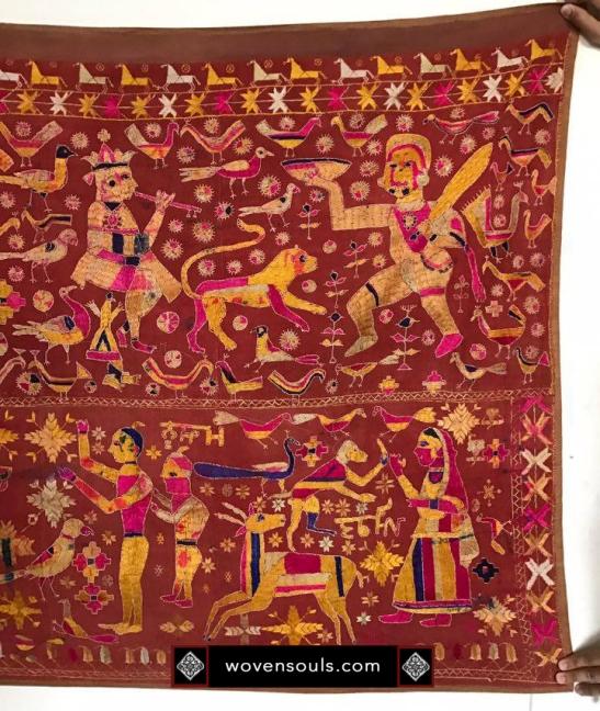 1077-wovensouls-antique-indian-phulkari-textile-punjab-05